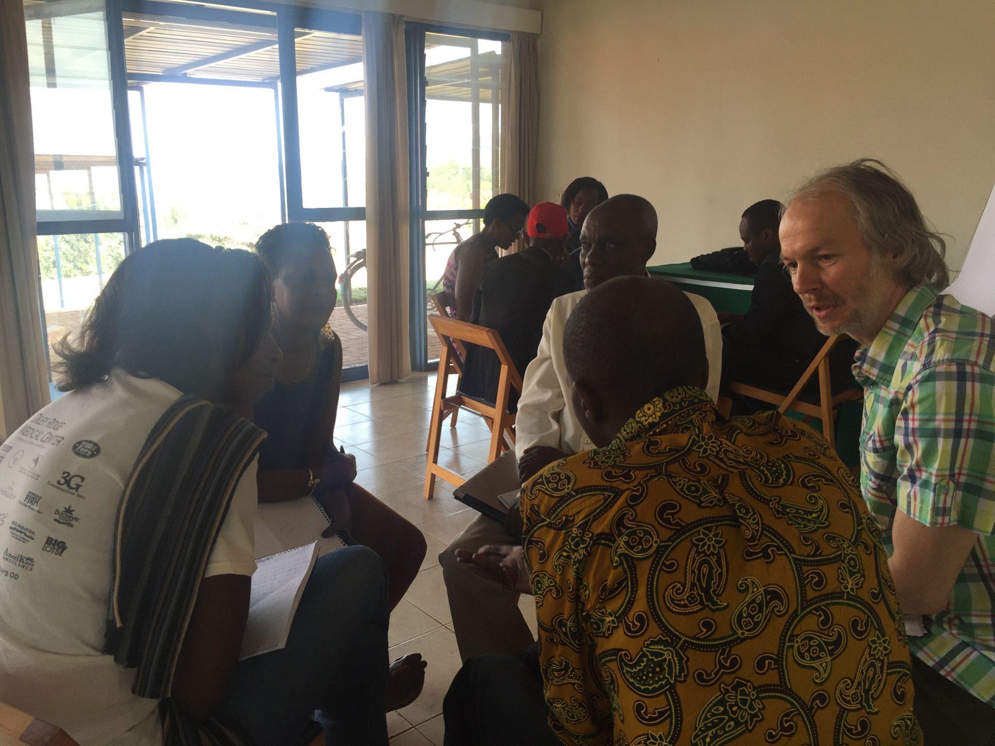 31-rwanda-forum-small-groups-4772